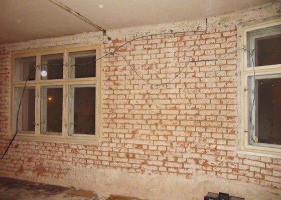 Pomocné zednické práce na bytě 70m2