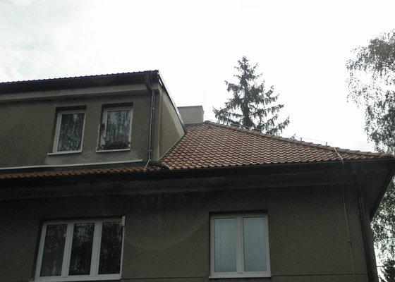 Rekonstrukce střechy bytového domu