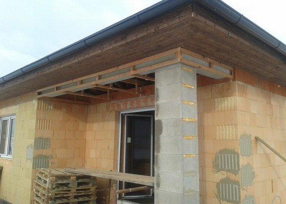 Podbití nové střechy