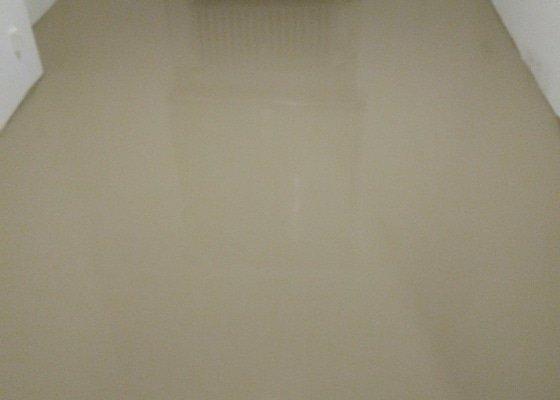 Vyrovnání podlahy v pokoji 12m2