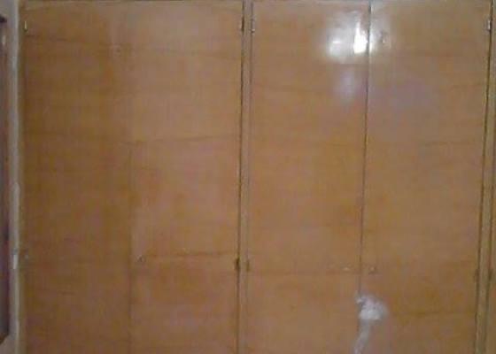 Renovace dvěří vestavěné skříně