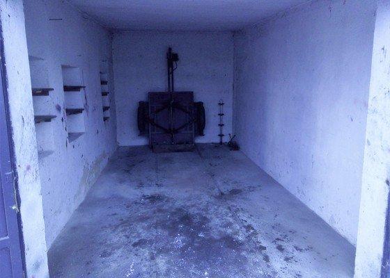 Vyklizení sklepu , vyklizení garáže.
