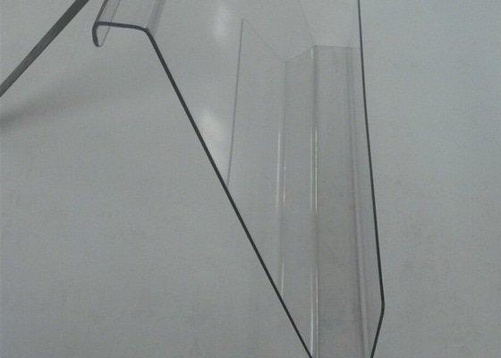 Plastová ochrana prezentačních košů na pečivo