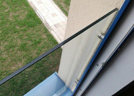 Skleněné zábradlí - francouzská okna