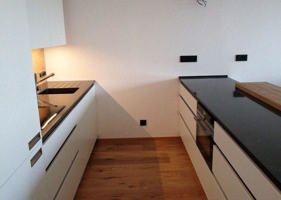 Lakovaná matná kuchyň