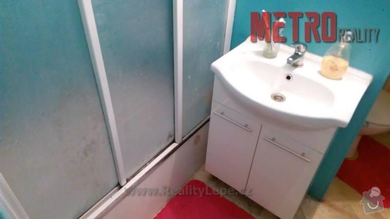 Obklad umakartové koupelny: 16441357_10154031046216148_477469739_n