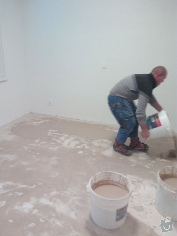 Vyrovnání podlahy, osazení zárubně: IMG_20170201_161623