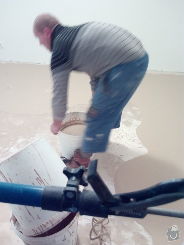 Vyrovnání podlahy, osazení zárubně: IMG_20170201_161701