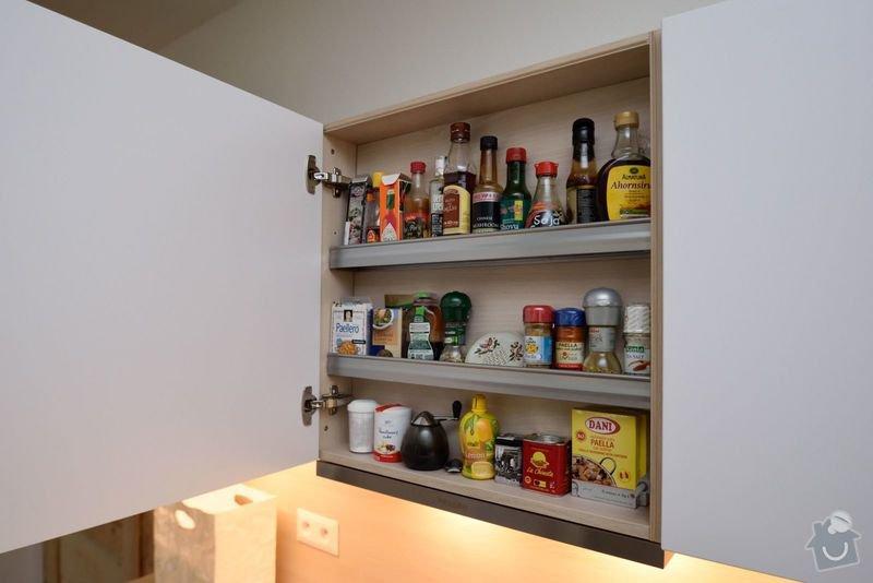 Boj s podlahou jsme vyhráli - světlá kuchyně v Aši: DSC_0030
