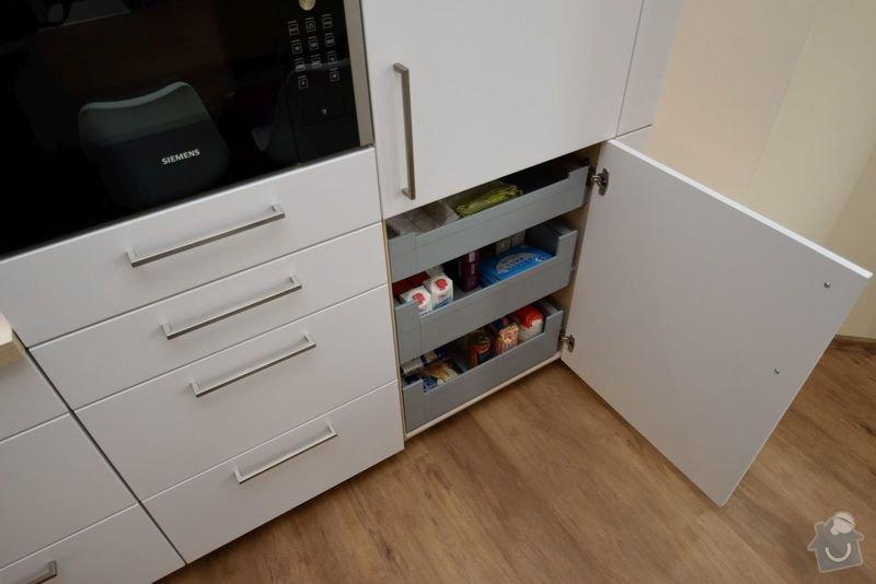 Boj s podlahou jsme vyhráli - světlá kuchyně v Aši: DSC_0032