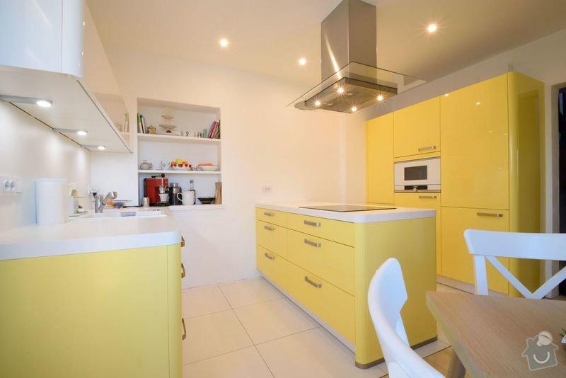Rekonstruovaná vila s velkou zahradou dostala veselou kuchyni: DSC_0529