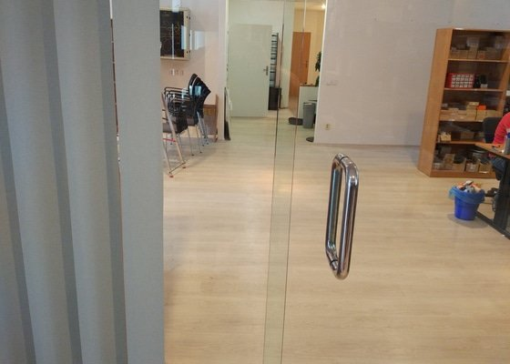 Zámek na skleněné dveře + vložka na vchodvé dveře