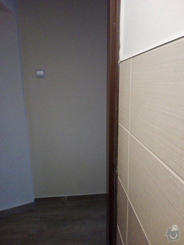 Zárubně (pomocí folie nebo tenké vrstvy obložky)  počet: 5 zárubní: záchod