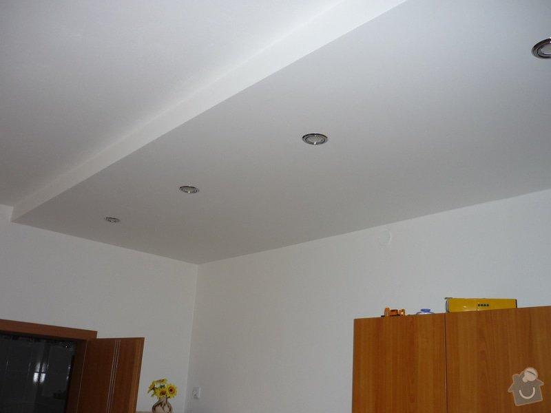 Rekonstrukce koupelny, wc, kuchyně: Sádrokartonový podhled.