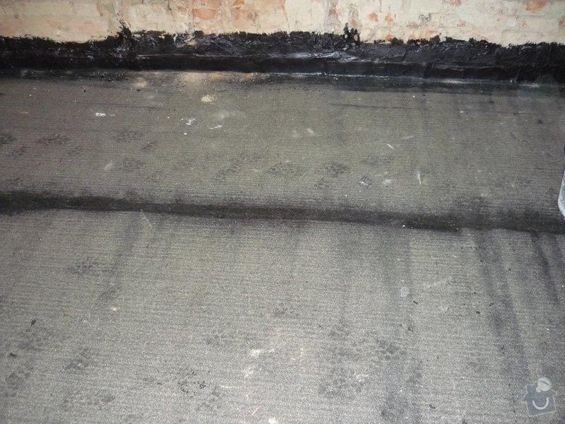 Rekonstrukce koupelny, wc, kuchyně: Izolace asfaltovými pásy proti vlhkosti.