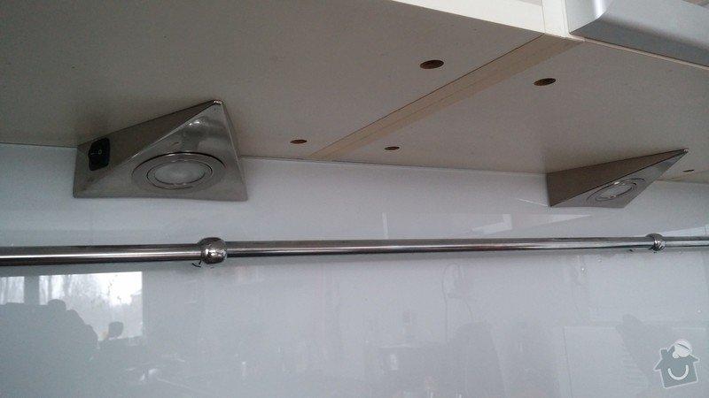 Instalace stropního osvětlení (2x): kuchynska_linka