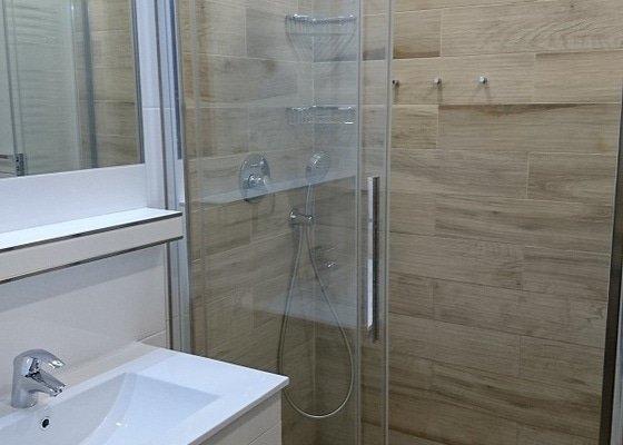 Kompletní rekonstrukce koupelny, toalety, výměna kotle.