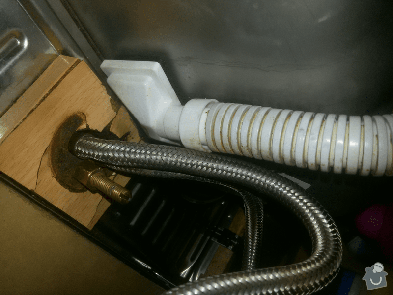 Výměna dřezu a baterie: oprava-vymena-drezu-a-baterie_IMG_20161119_135439