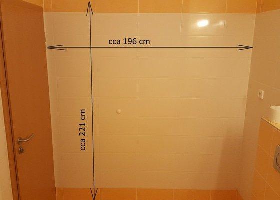 Výmena obkladu v části koupelny