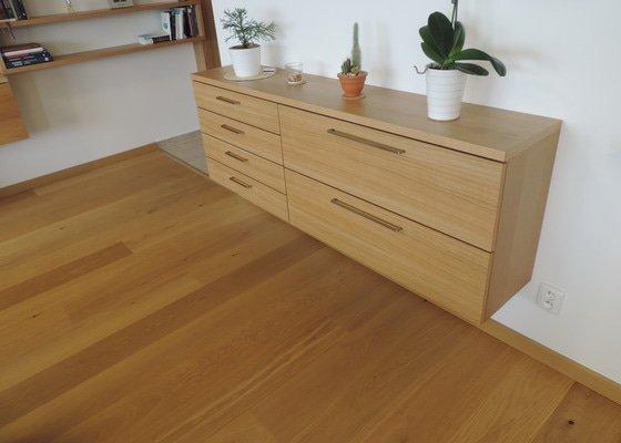 Nábytek na míru dle návrhu, přírodní dubová dýha