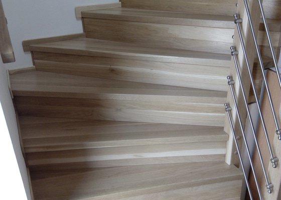Obložení betonového schodiště