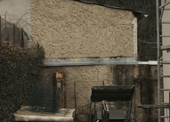 Zbourání a izolace vnější stěny