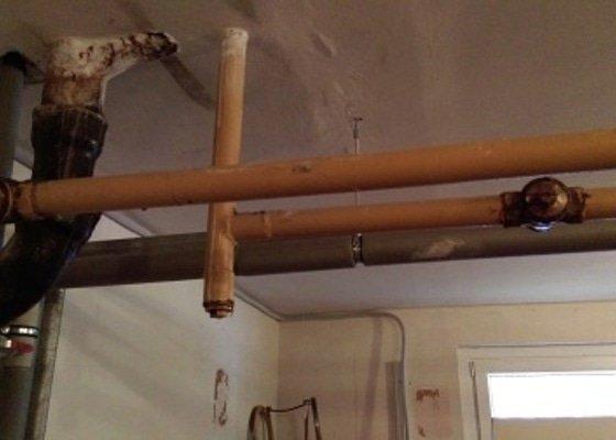 Výměna plynových ventilů a hlavního uzávěru v panelovém domě