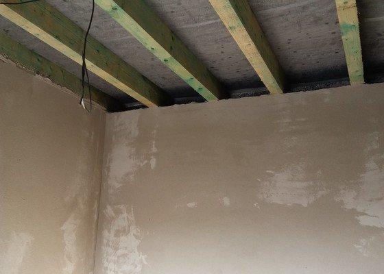 Zateplení stropu včetně montáže sádrokartonu - Praha východ