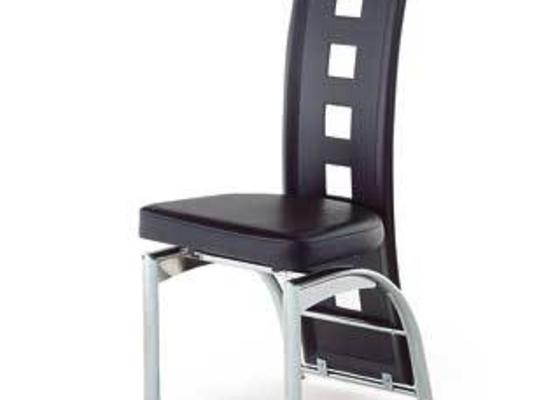 Přečalounění jídelních židlí