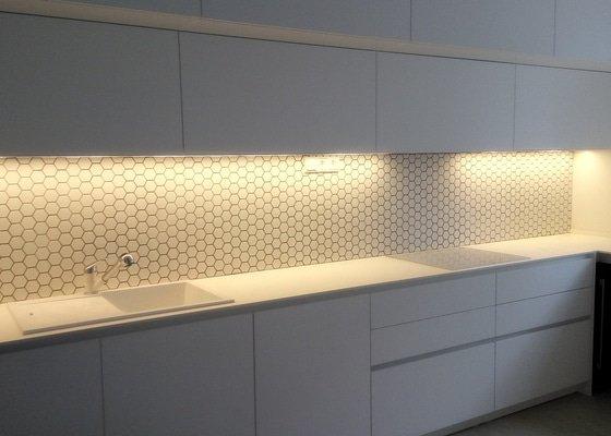 Kuchyňský obklad mozaika hexa