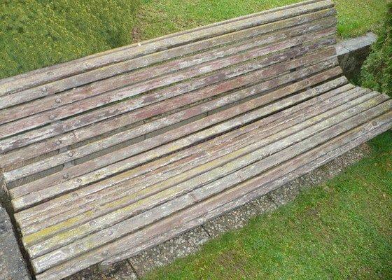 Rekonstrukce zahradní lavice