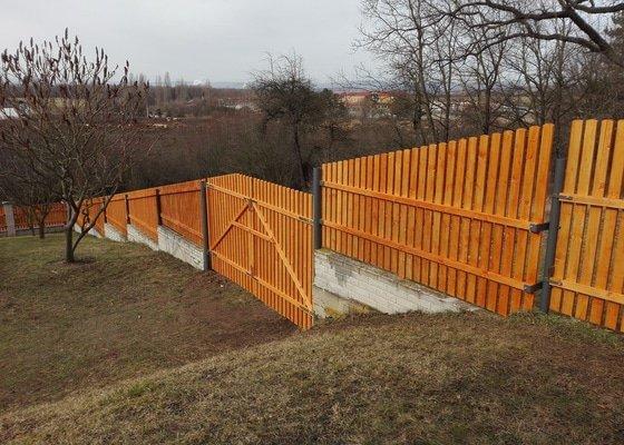 Dřevěný plot, podlahy