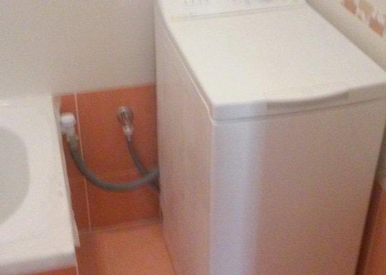 Rekonstrukce koupelny, nové topení, výměna oken.