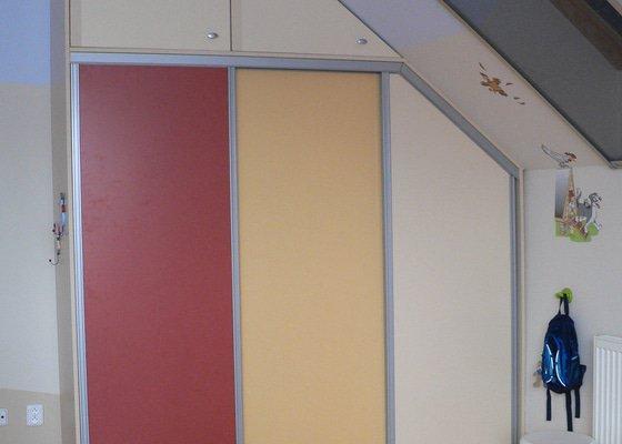 Vestavěná skříň do dětského pokoje