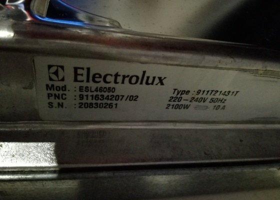 Oprava myčky Electrolux ESL46050