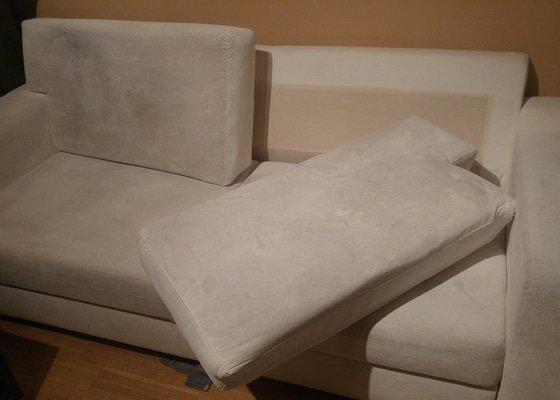 Čištění čalouněné sedačky