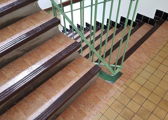Výměna pvc na schodišti