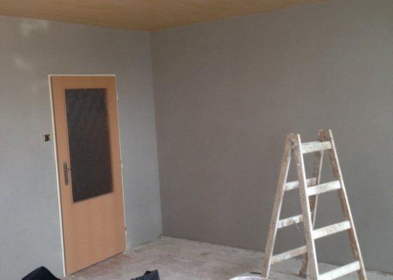 Zedník obývací pokoj oprava zdi