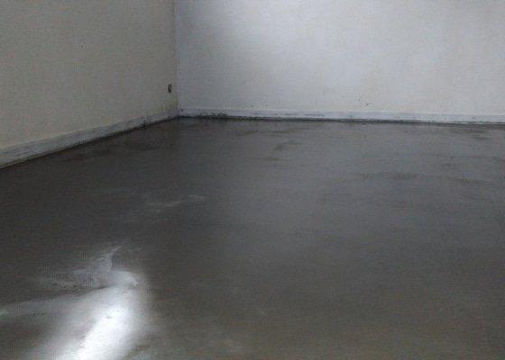Podlaha v garáži