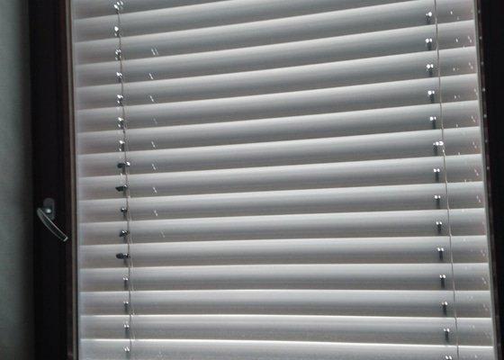 Mytí oken a venkovních žaluzií