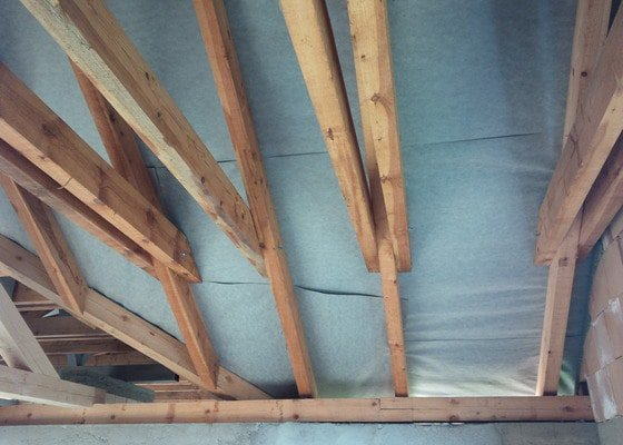 Sadrokarton v podkroví novostavby RD, 90 m2