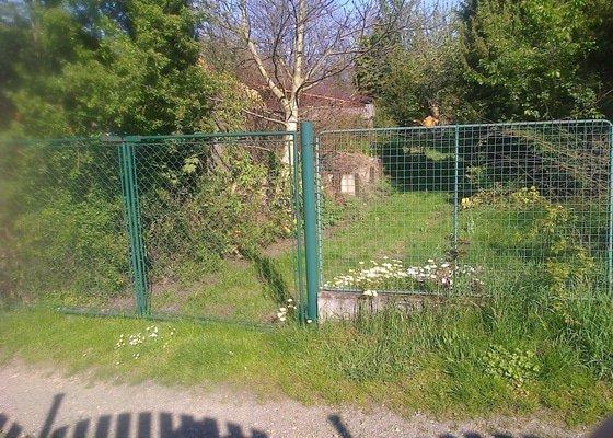 Rozšíření vjezdu na zahradu a nová vrata