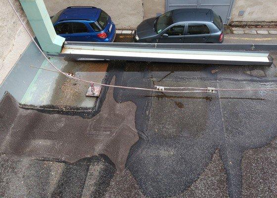 Oprava ploché (lepenko-plechové) střechy