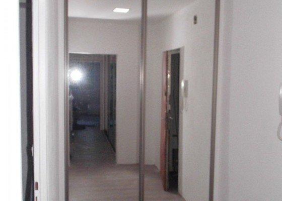 288-dvoudilna-skrin-se-zrcadlem