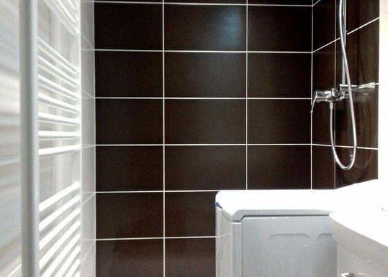 Rekonstrukce koupelny a WC v paneláku v Modřanech