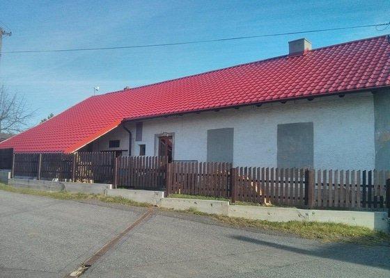 Pokládka střešní plechové krytiny na starém domě - cca 440 m2