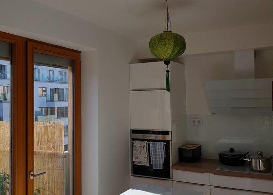 Montáž a instalace světla nad kuchyňský ostrůvek
