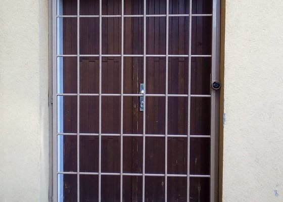 Výroba dveřních mříží