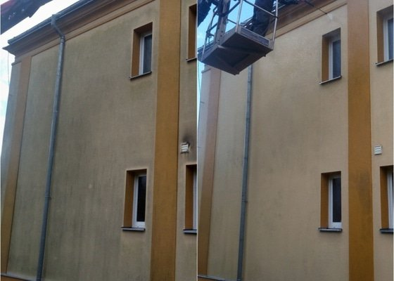 Čištění fasády rodinného domu