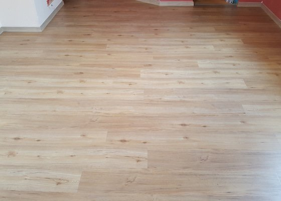 Pokládka podlahy v dětském pokoji